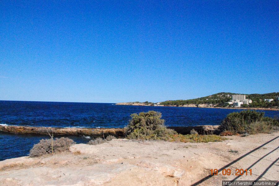 Береговая линия по пути в Кафе дель Мар