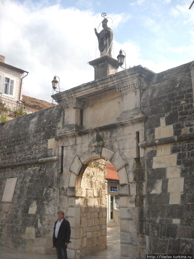 Вид на ворота