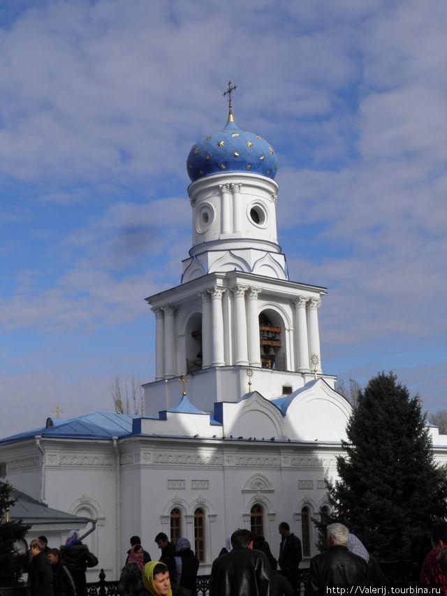 Колокольня церкви Покрова Пресвятой Богородицы