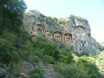 гробницы в скалах2