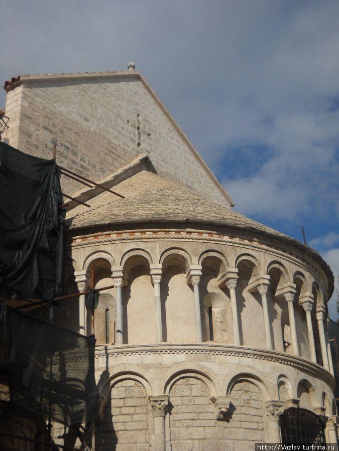 Фрагмент здания церкви