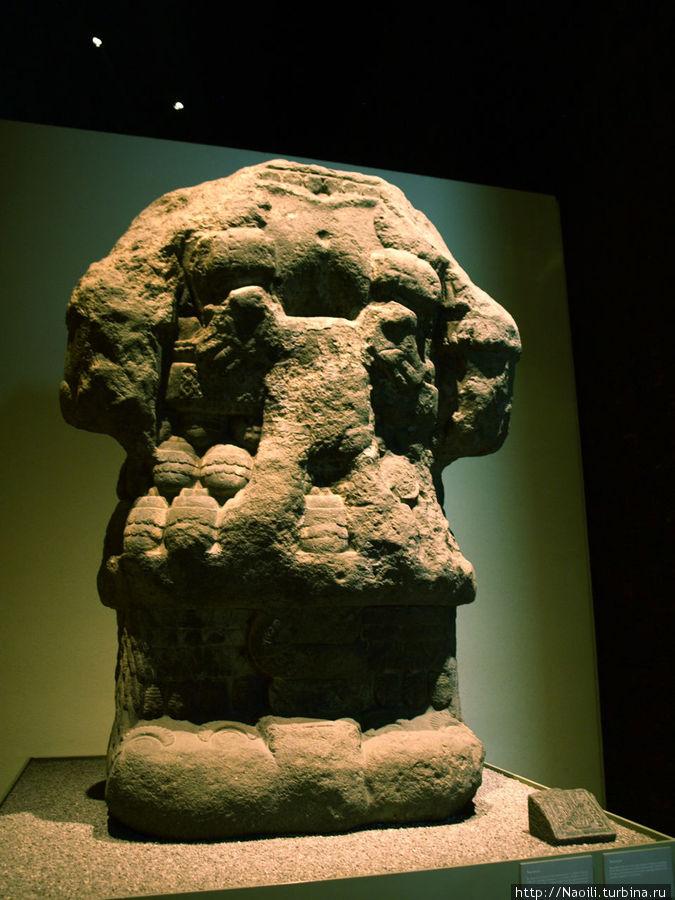 Йолотуку — богиня земли, в календаре представлена как двенадцатый стебель, поддерживает жизнь на земле