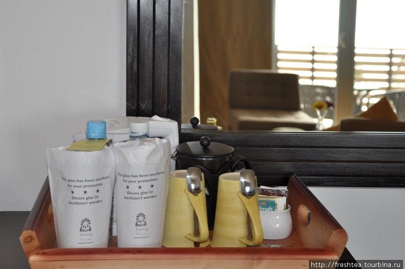 Набор для чая и кофе (в любом из номеров, пополняют ежедневно).