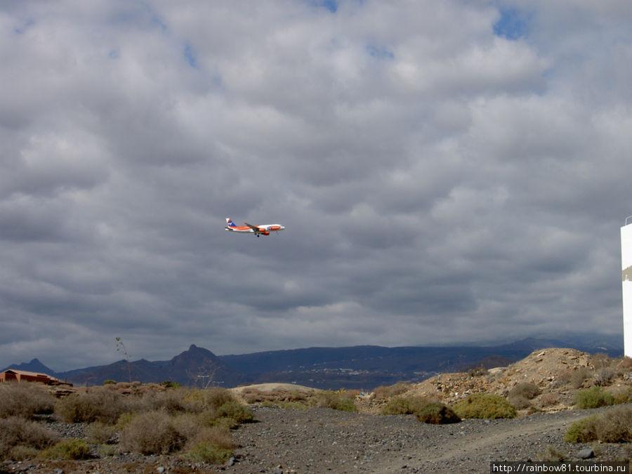 Лос Абригос, аэропорт рядом Гуимар, остров Тенерифе, Испания