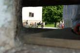 Бойница возле входной арки.