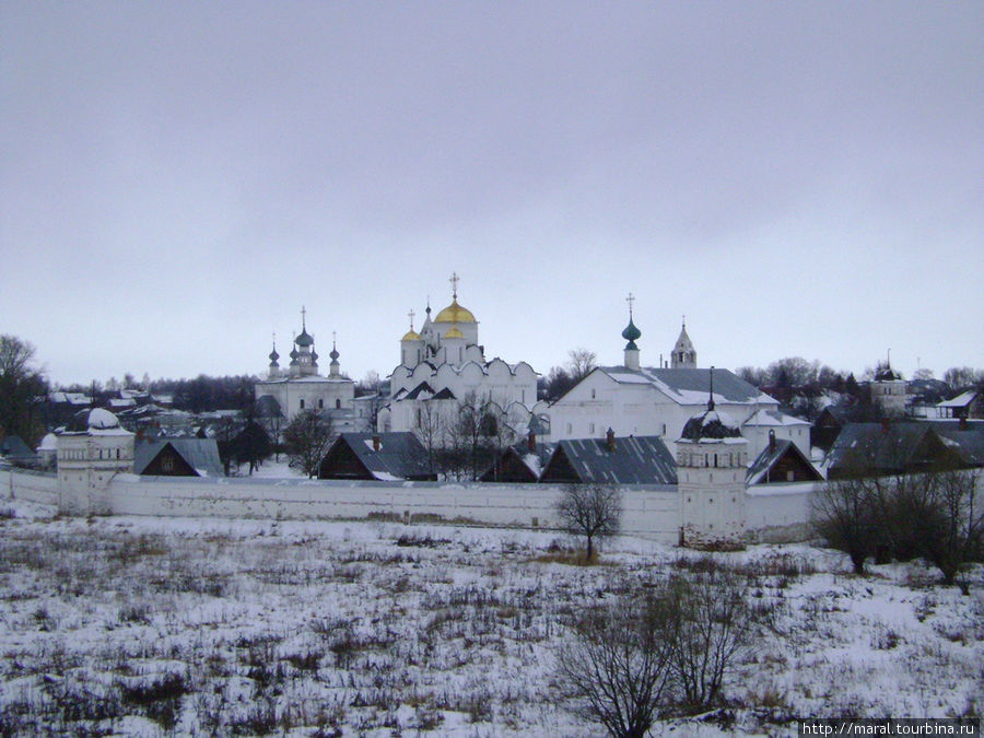Покровский монастырь выглядит сейчас также, как в XIV — XVII веках
