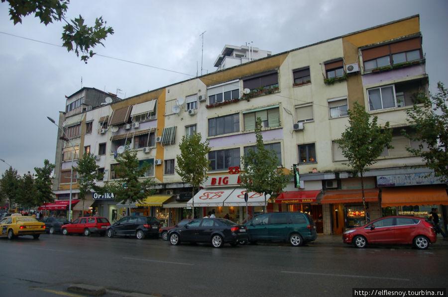 Тирана Тирана, Албания