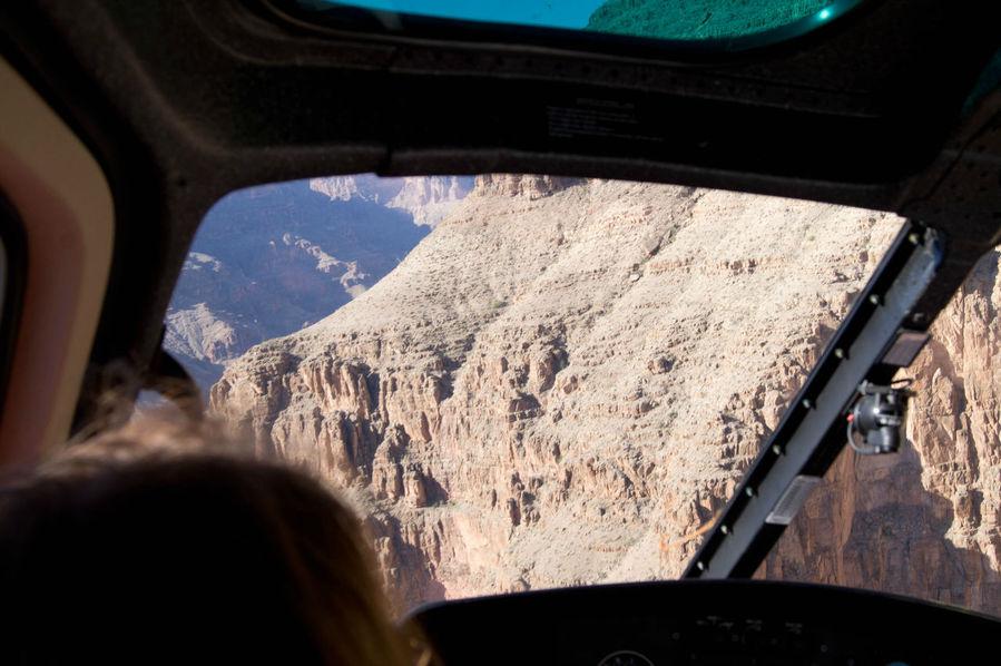 Гранд каньон из окна вертолета
