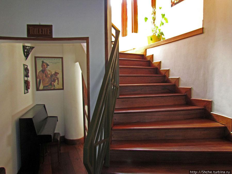 пасиссандровая лестница