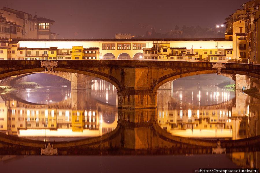 Мост Санта-Тринита. Флоренция, Италия