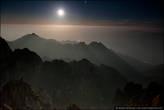 17. Яркий свет луны