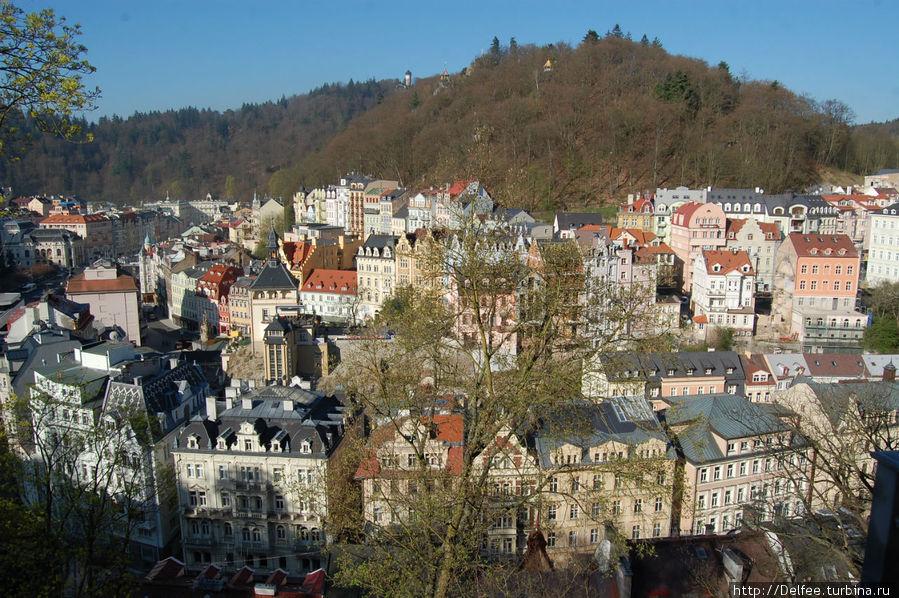 А с балкона открывался чудесный вид на город