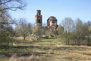 Хворостьево. Церковь Живоначальной Троицы