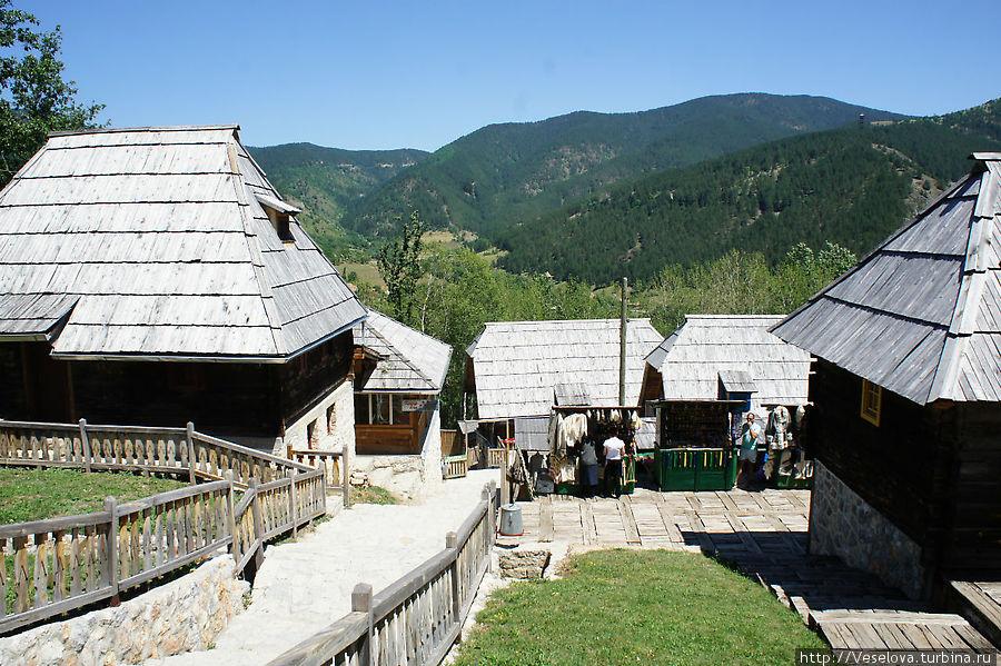 Деревня Эмира Кустурицы: живот je чудо Мокра Гора, Сербия