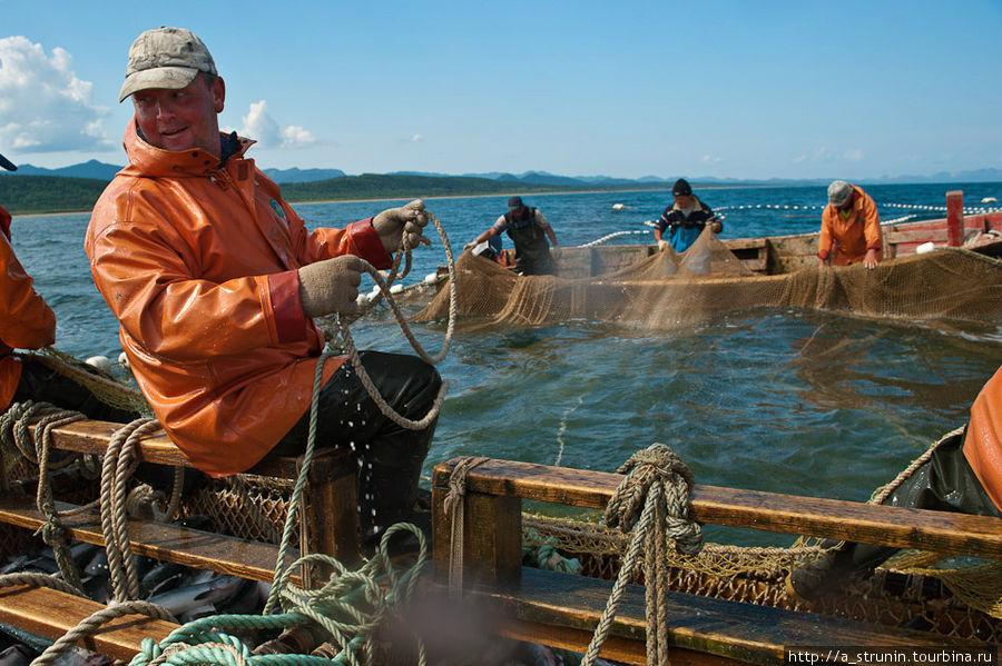 набор рыбаков сахалина