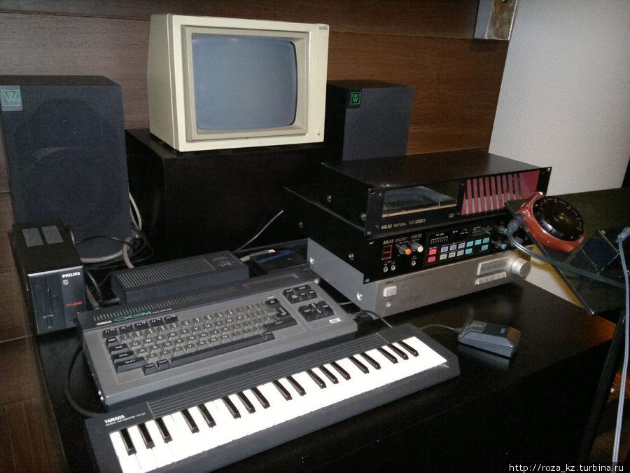 обратите внимание на мышку и клавиатура с монитором вызывают ностальгические чувства