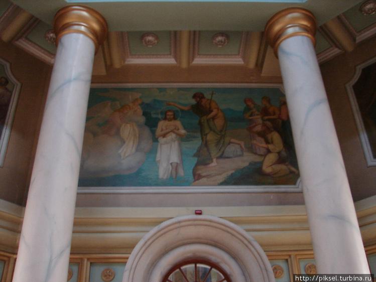 Настенные  фрески с сюжет