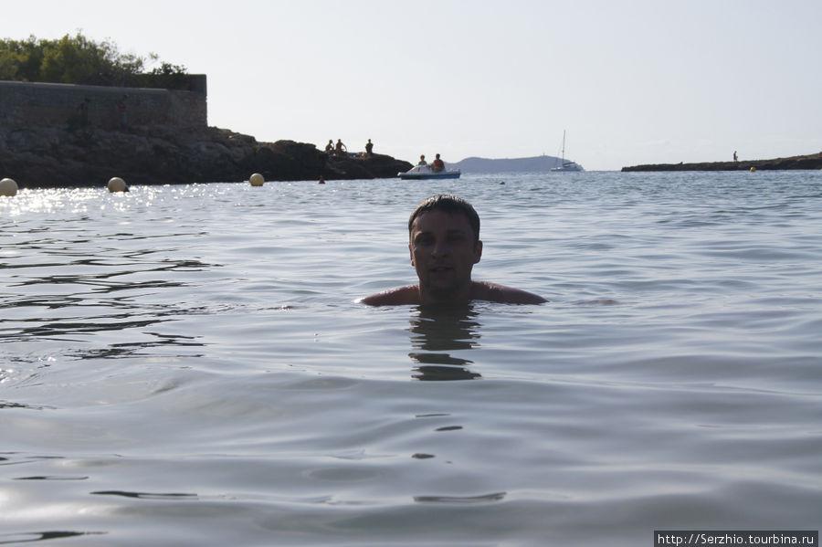 купаемся на пляже