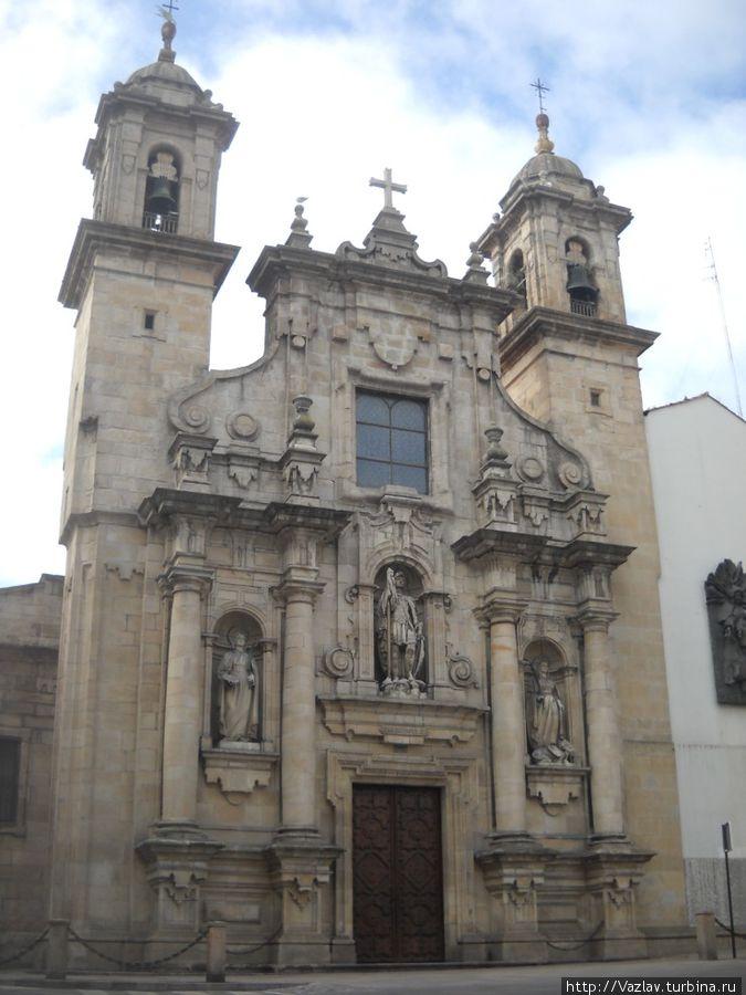 Барочный фасад церкви