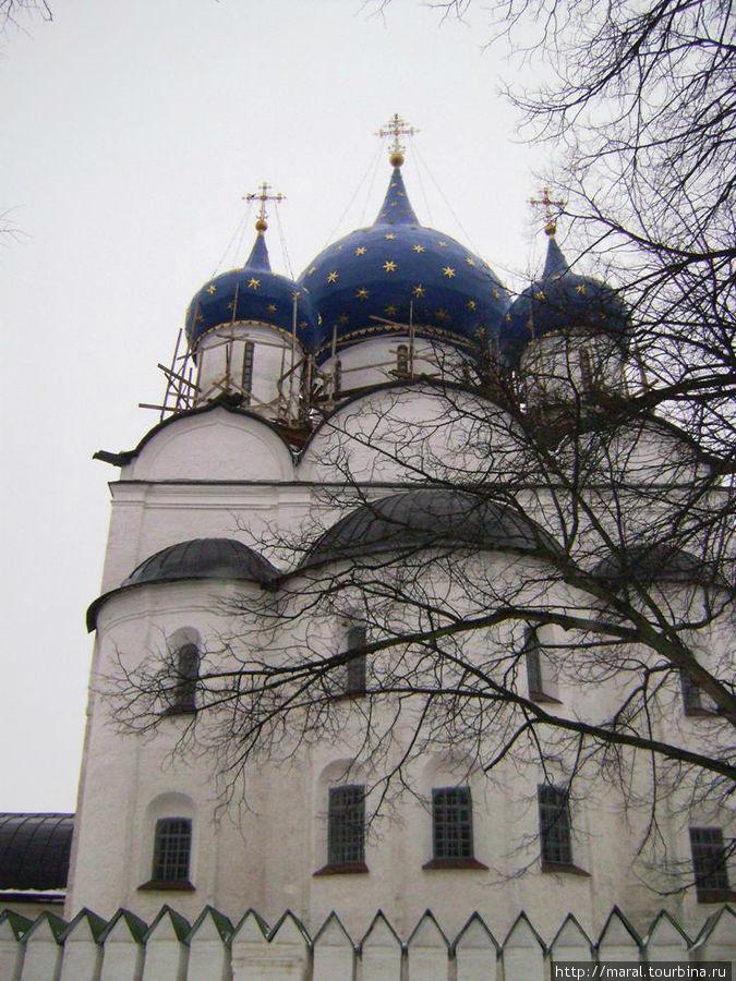 Рождественский собор XIII века олицетворяет величие княжеского Суздаля