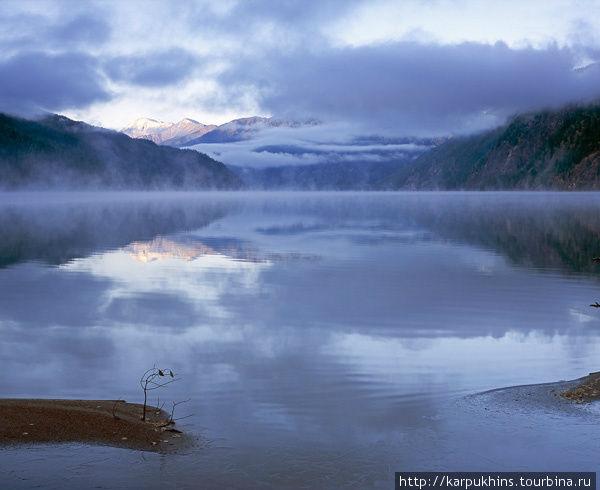 Агульское озеро.