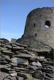 Высота и диаметр этой башни составляли около 12-ти метров, при толщине стен около 2-х с половиной метров.