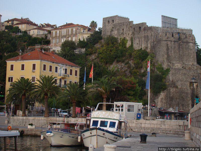 Вид на крепость Форте-Маре.