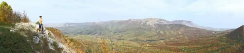 Внизу лежит тиссовая долина