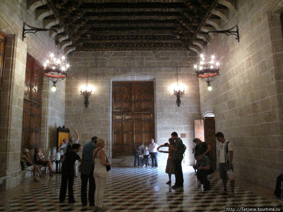 Шелковая биржа Валенсия, Испания