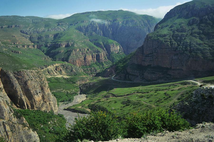 То горы обступят со всех сторон.. Хыналыг, Азербайджан