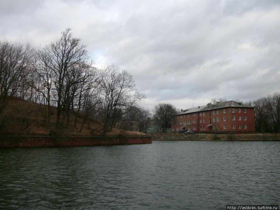 ров вокруг крепости Балтийск, Россия