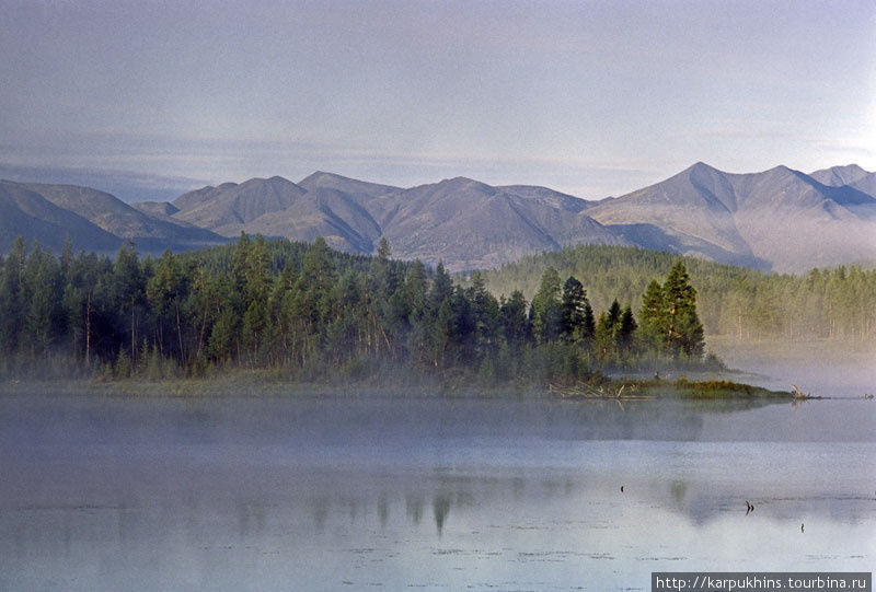 Туманное утро на первом озере.