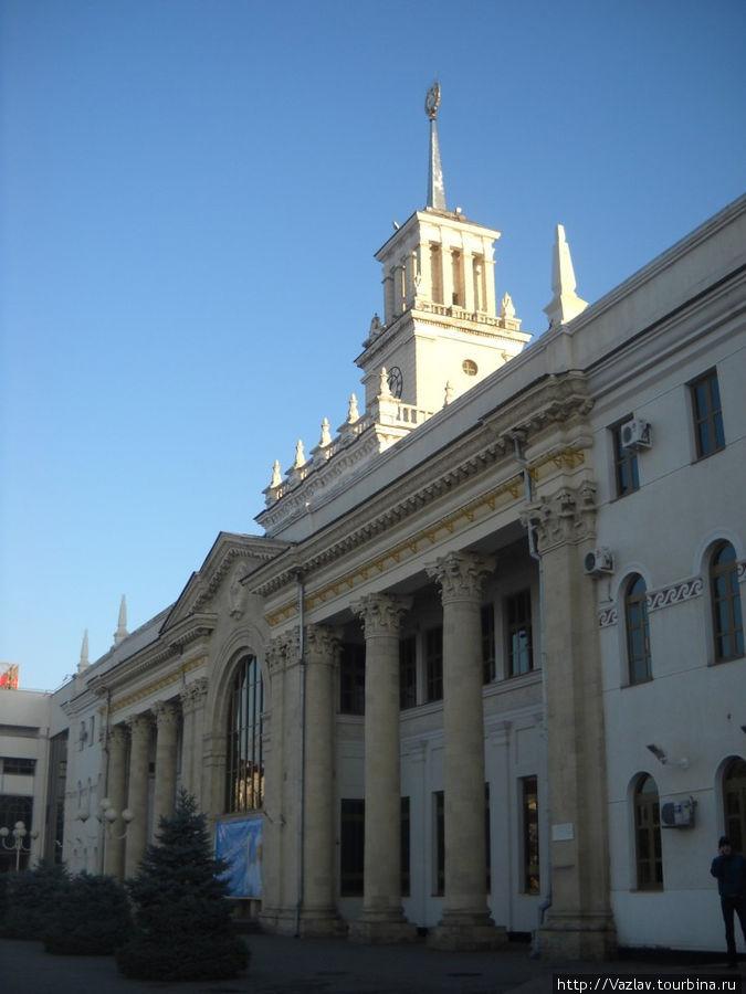 Фасад вокзала