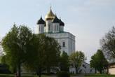 на территории псковского кремля. Троицкий собор