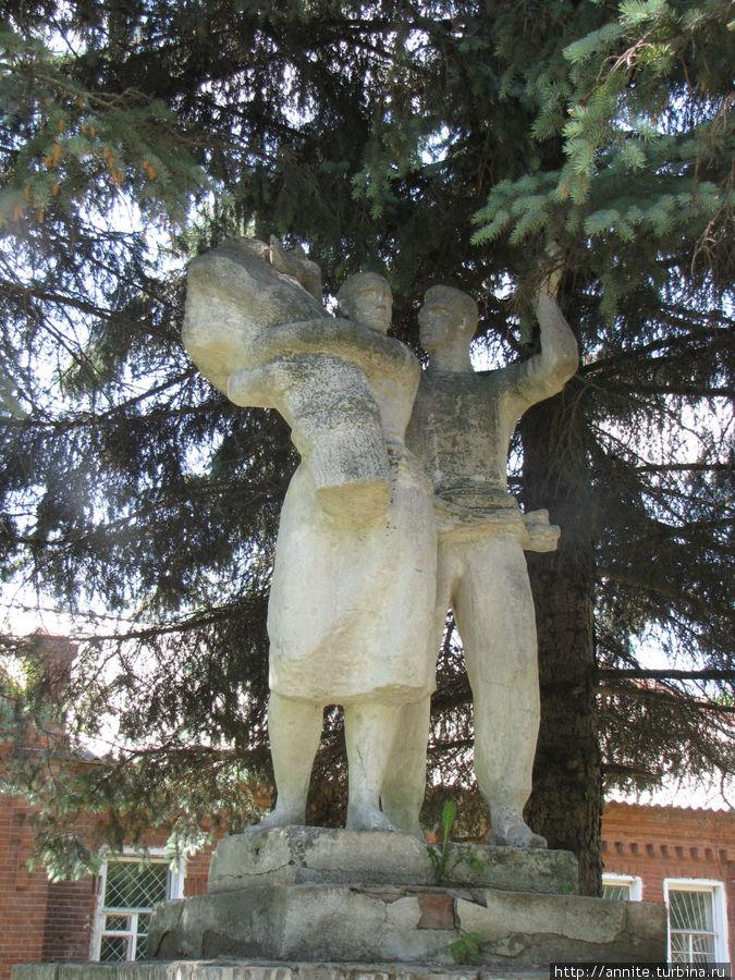 Старожилово — останки некогда роскошной усадьбы Дервиза — 2 Старожилово, Россия