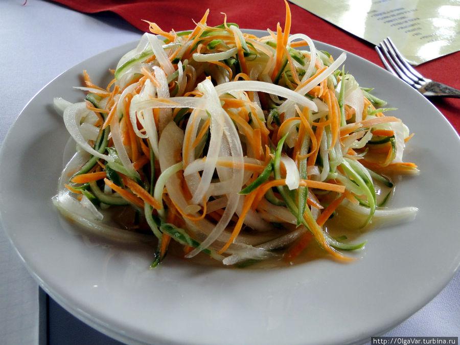 Потрясающе свежий и лёгкий полупрозрачный салатик