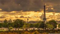 7 мая 2012, вид на вечерний Париж со стороны Лувра.