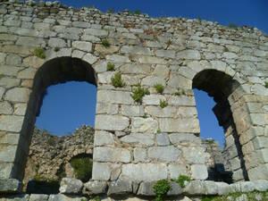 замок в Каунос12