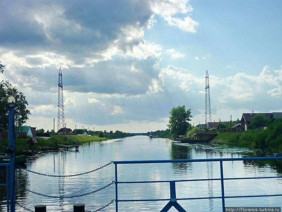 Мост через Новоладожский канал