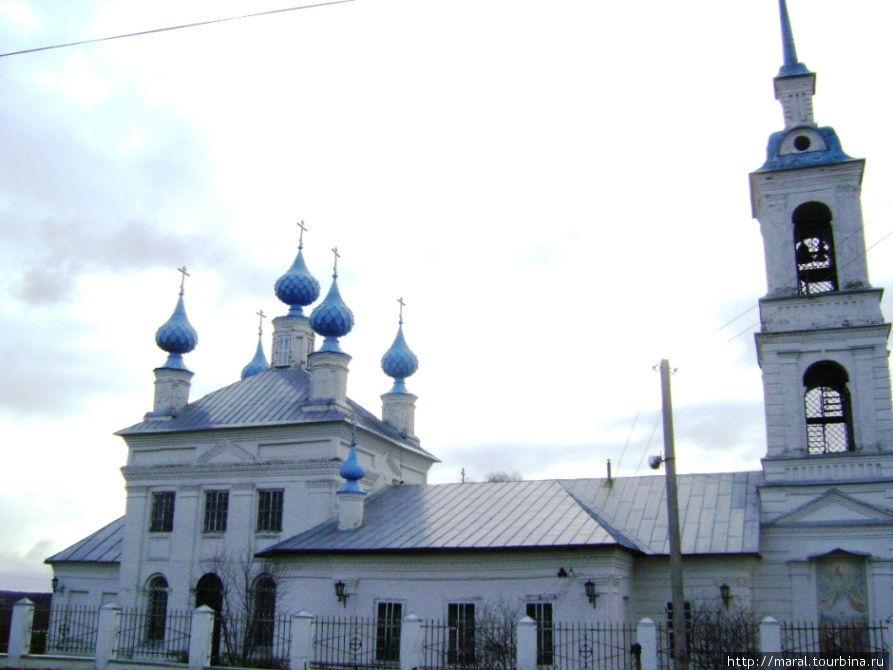 Церковь Успения Пресвятой Богородицы в селе Домнино