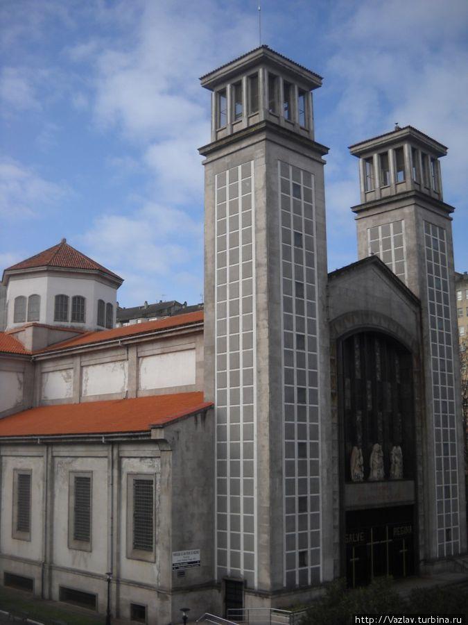 Вид на церковь с виадука