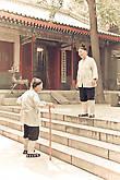 классные бабульки: такими я всегда представлял женщин-кунг-фу мастеров в старости :)