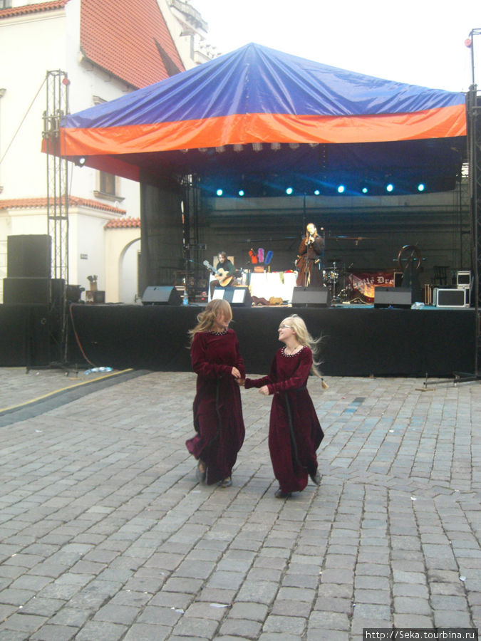 Танцы на Рыночной площади. Францисканская ярмарка