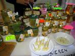 Очень вкусный мед с сосновыми иголками