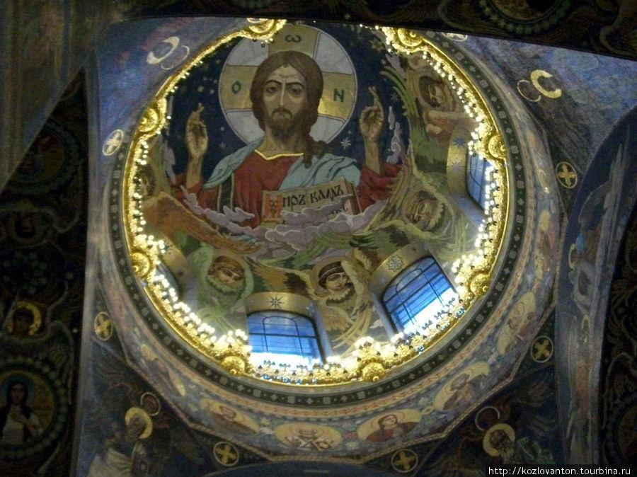Плафон центрального купола. Мозаика