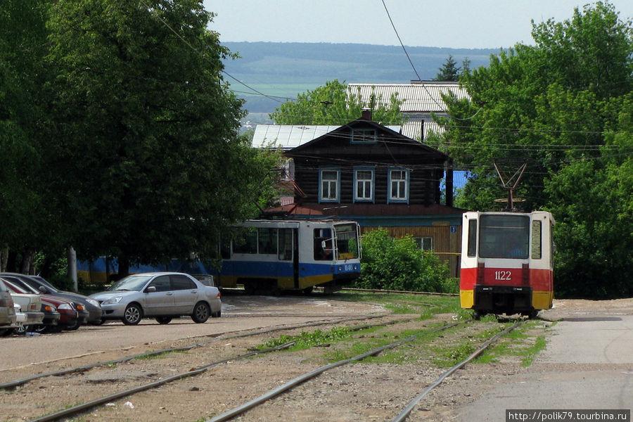 Уфимский трамвай. Вид снаружи.