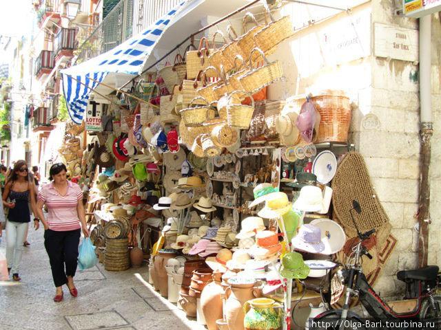 улочка в старом городе Бари