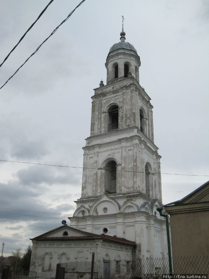 Колокольня Троицкого собора 75 м!