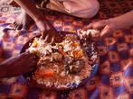 В Западной Африке принято есть руками. Уадан