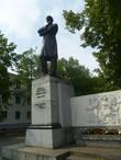 Памятник Н.А.Некрасову в Ярославле